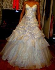 Продаю сияющее свадебное платье
